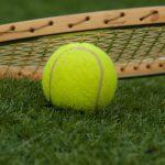 Tenis ziemny – czy przeciętny Polak może sobie na niego pozwolić?